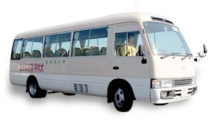 大型バスの写真